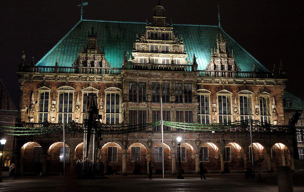 Bremer Rathaus bei Nacht, (c) The guenni, Flickr