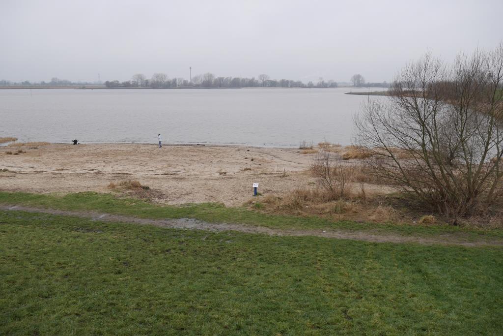 Weser-Strand am Bunker Valentin