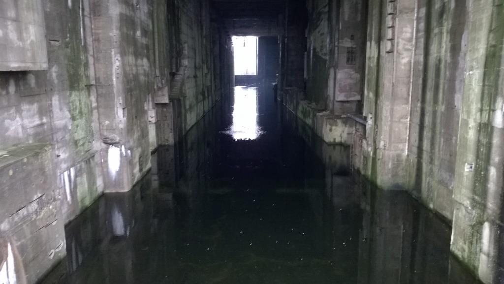 Tauchbecken der U-Boot-Werft